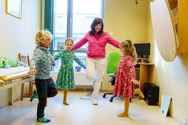 Kinderarztpraxis Karstens Behandlung Gleichgewicht